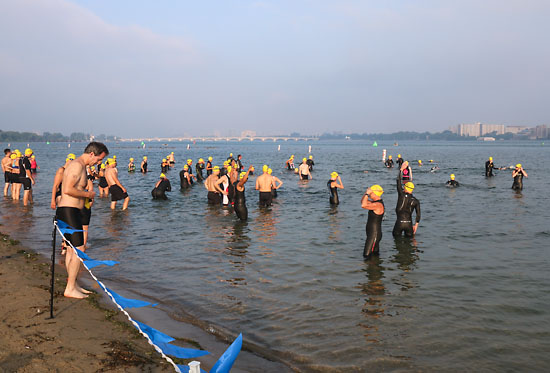 Testing the water for a few minutes before the start.