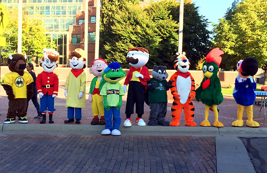 So many fun mascots.