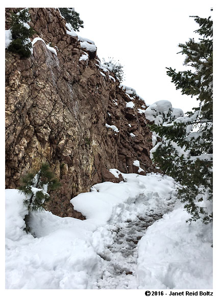 A somewhat clear path through Eldorado Canyon's Fowler Trail