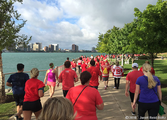 2016-09-10-hockeytown-riverwalk1