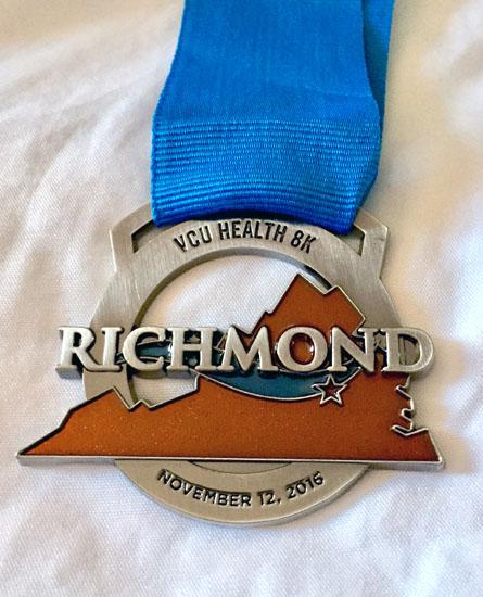 2016-11-11-richmond-marathon-medal