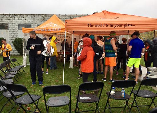 2017-10-15 - grmarathon beer tent