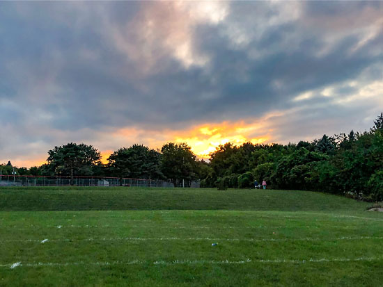2018-08-30 - romeo peach fest sunset
