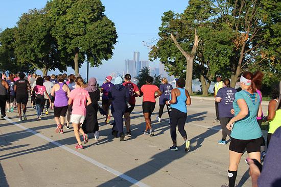 20180916 - detroit womens half course1
