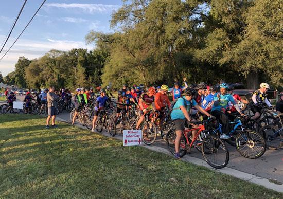2019-08-31 - milford 30k bike start