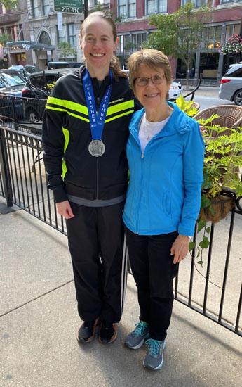 2019-10-13 - chicago marathon janet karen