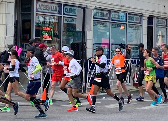 2019-10-13 - chicago marathon janet run1