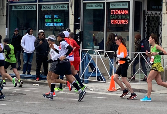 2019-10-13 - chicago marathon janet run2